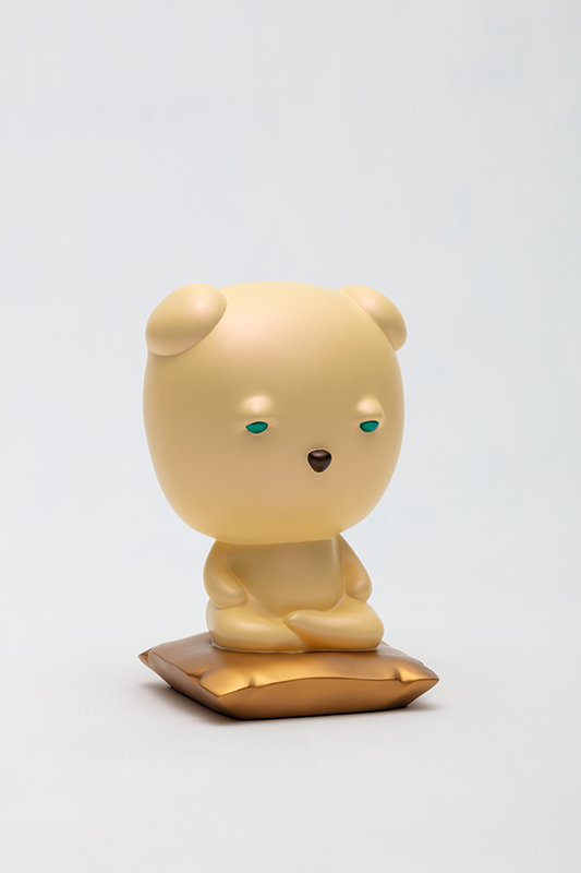 Meditating Yellow Sleebu, 17x17x26cm, car paint on plastic, 2020.jpg