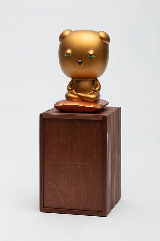 Meditating Gold Copper Sleebu and wood box.jpg