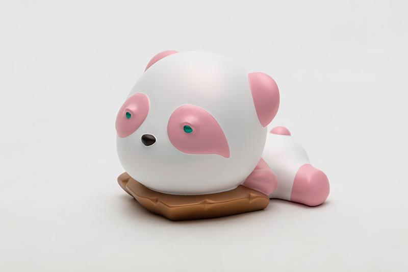 Dreaming Pink Pandana, 17x22x16cm, urethane paint on plastic, 2020.jpg