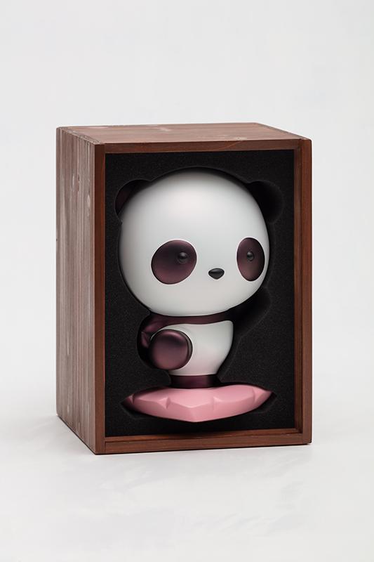 Advancing Panda Fubao, 18x16.5x26.5cm, urethane paint on plastic, 2020(2).jpg