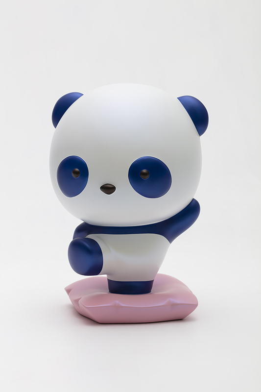 Advancing Panda Fubao with SAMSUNG, 18x16.5x26.5cm, urethane paint on plastic, 2020.jpg