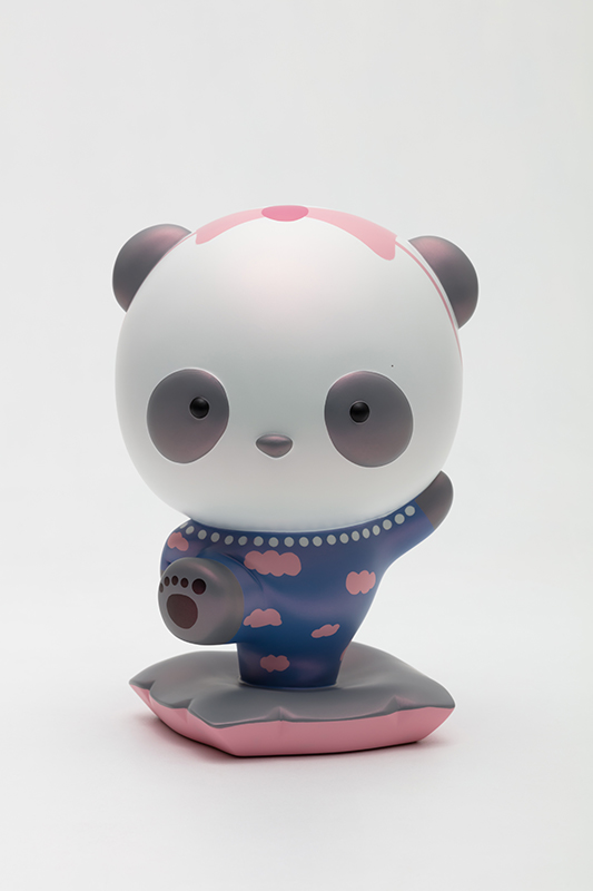 Advancing Panda Fubao with JENNIE, 18x16.5x26.5cm, urethane paint on plastic, 2020.jpg