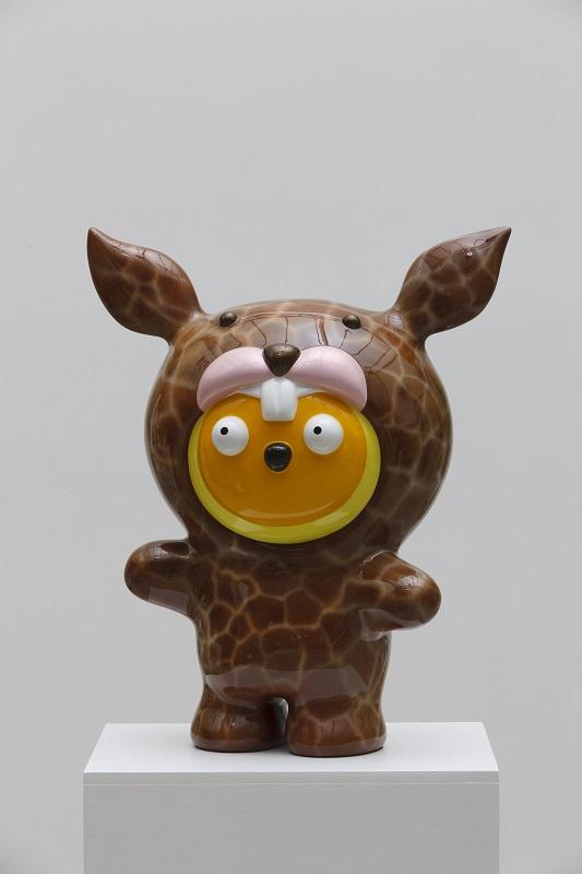 Taehee want to be a Giraffe Rudi, 43x25x53cm, car paint on plastic, 2016.jpg