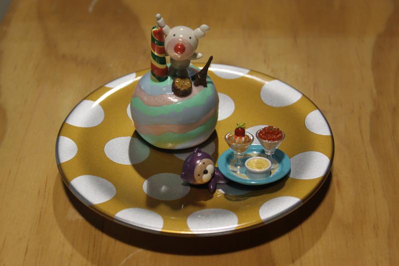 Yummy Cake 11-14, 20x20x18cm, polymer clay, 2011.JPG