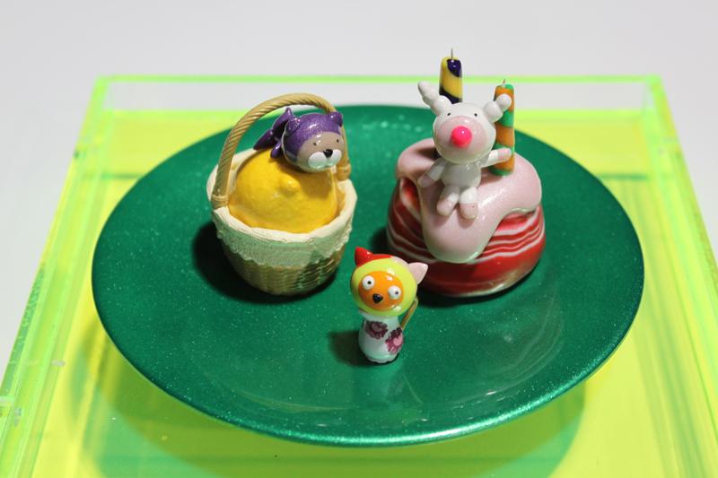 Yummy Cake 09-27, 20x20x18cm, polymer clay, 2009.JPG